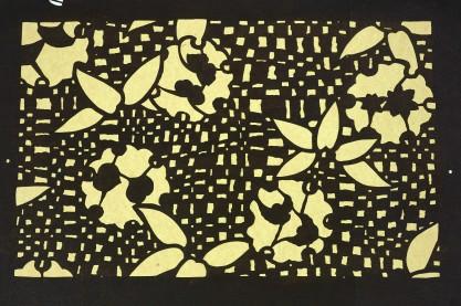 Kwiaty i liście konopi na kraciastym tle